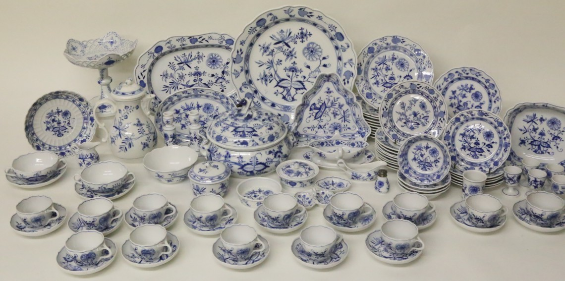 Collection Of Meissen Blue Onion Pattern China Rafael
