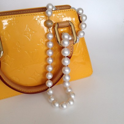 Fine White South Sea Pearls Necklace