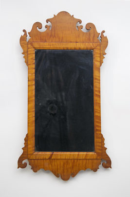 2225-955 Tiger Maple Chippendale Mirror_MG_2780