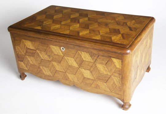 2228-955 Tumbling Block Sewing Box_MG_2790