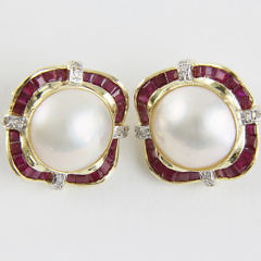 171-4800 Mabe Pearl Ruby Earclips A_MG_8928
